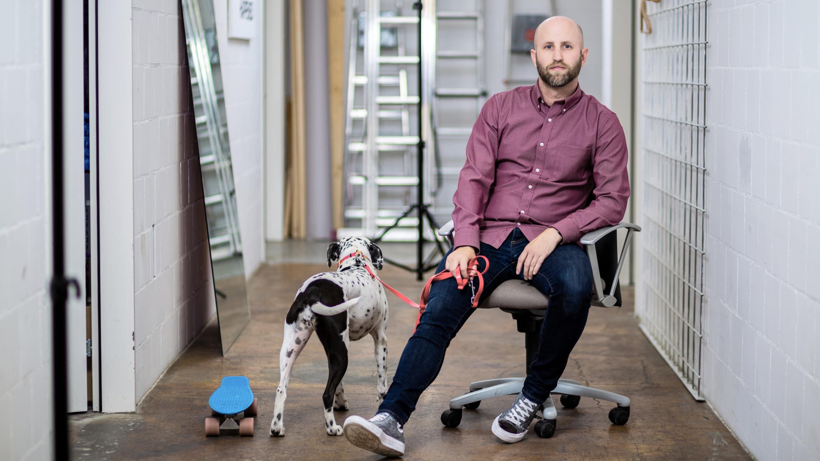 Jens Riedweg mit Hund Dota